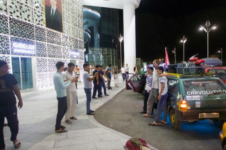 Posieren in Turkmenistan